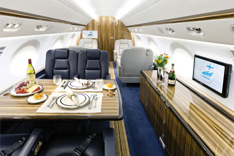 G550 – VIP Dining on Board