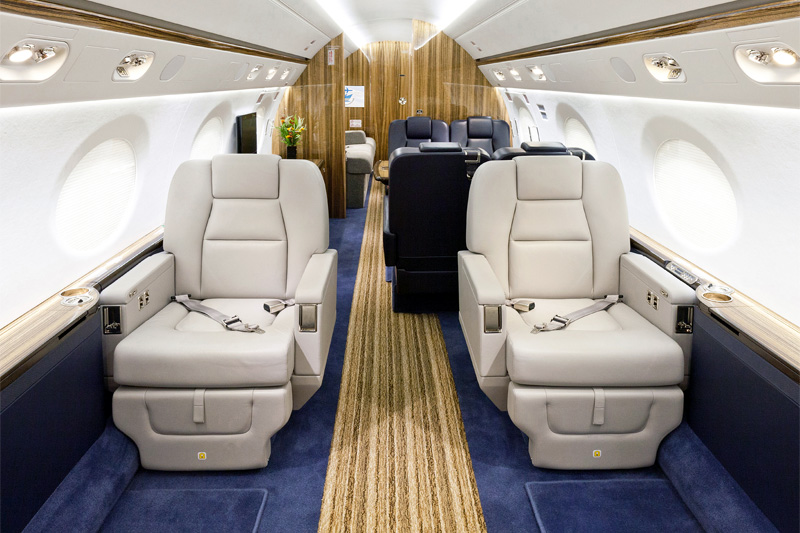 G550 – Club Seating
